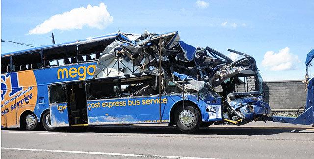 2010-09-11-pc-accident4jpg-c3515c94bff9605a